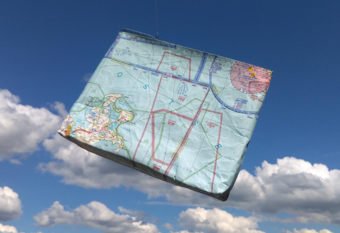 Bordbuch/Flugbuchtasche aus ICAO-Karte